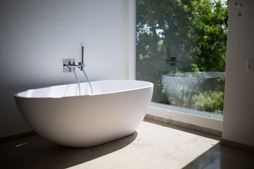 bath heated by electric boiler